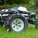 400x205-images-stories-RSComponents-DesignSpark-Brushless-car1_l